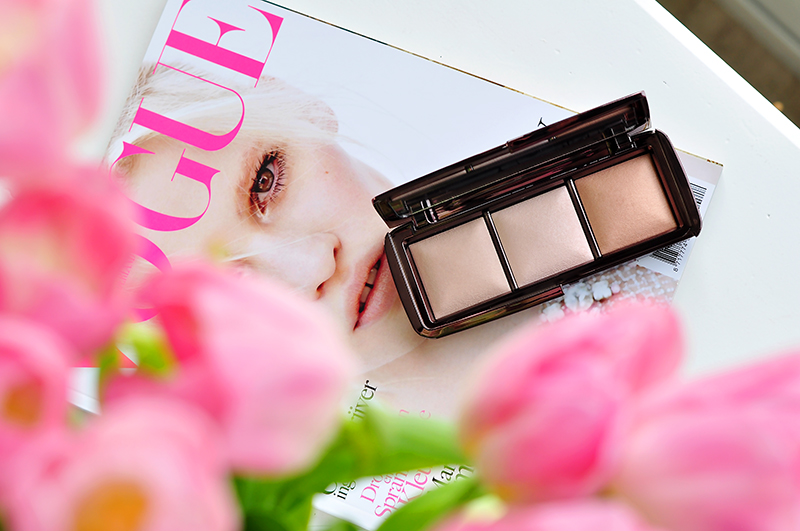 stylelab-beauty-blog-hourglass-ambient-lighting-palette-1a