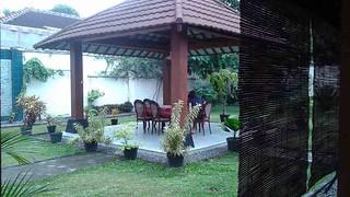 Outdoor dining in Yogyakarta