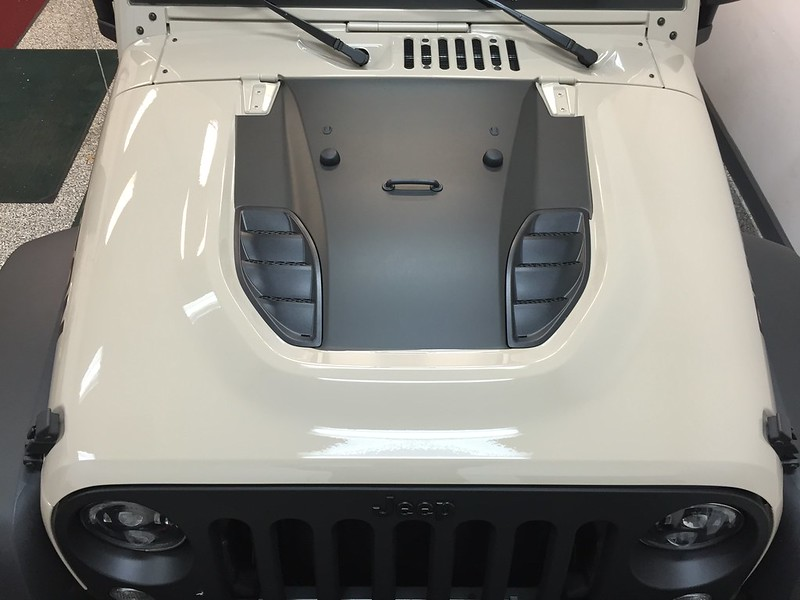 Black Power Dome hood decal similar to Red Rock ? - Jeep ...