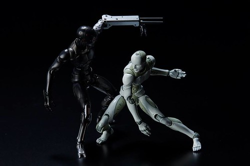 1/12 TOA Heavy Industries Synthetic Human by 1000toys