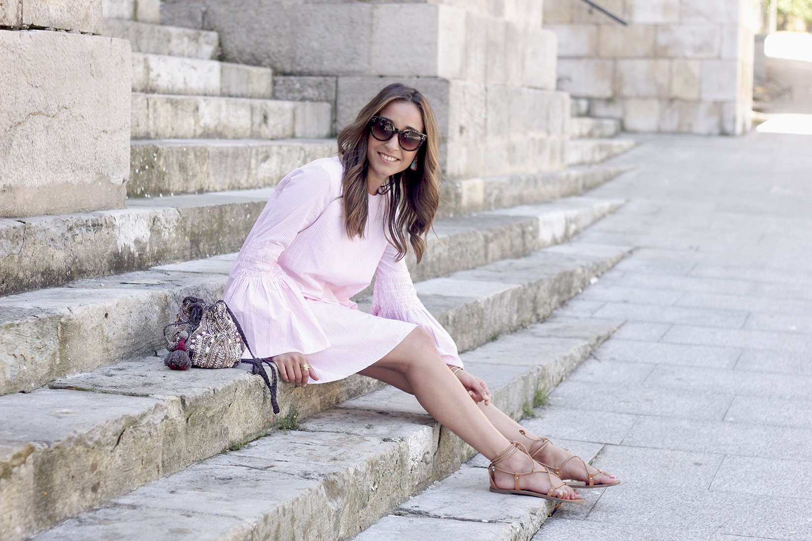 striped dress with bell sleeves summer outfit flat sandals sunnies10