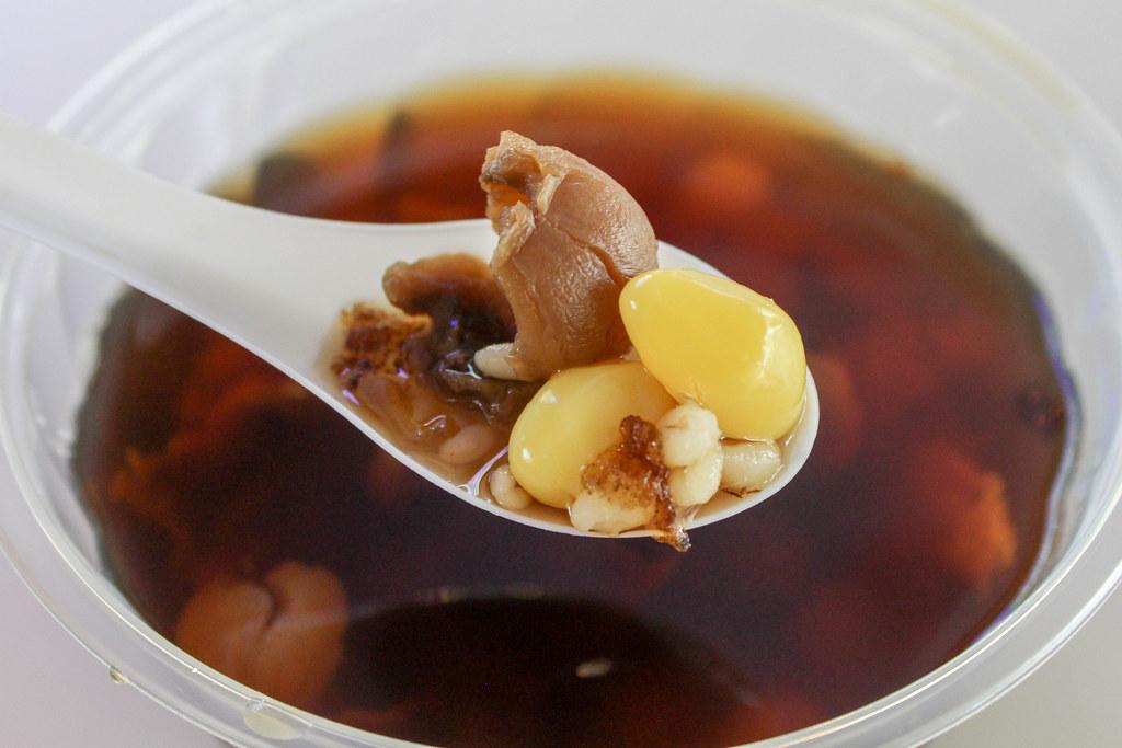 程秋明:88三仁冷热甜点