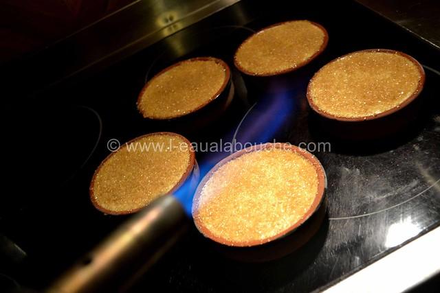 Crème Brûlée Glacée au Pralin & Amaretto  © Ana Luthi  tous droits réservés 016