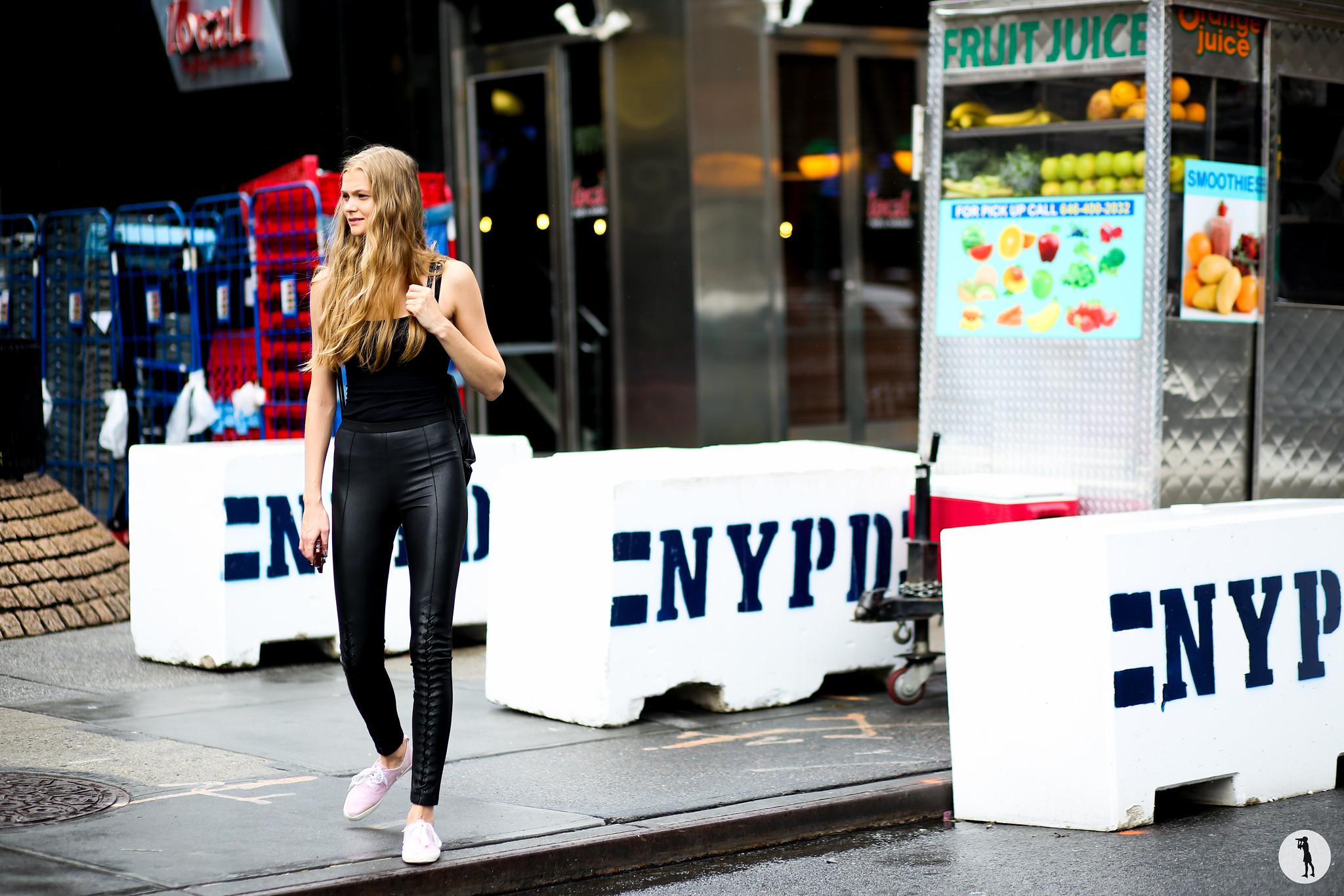 Model at New York Fashion Week-2