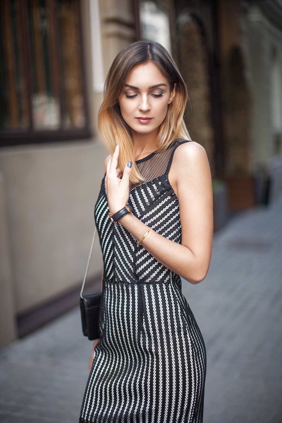 fashion-blogger-street-style-bodycon-dress-outfit
