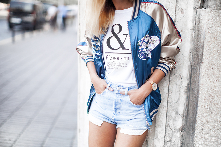 outfit-embroidered-satin-bomber-jacket