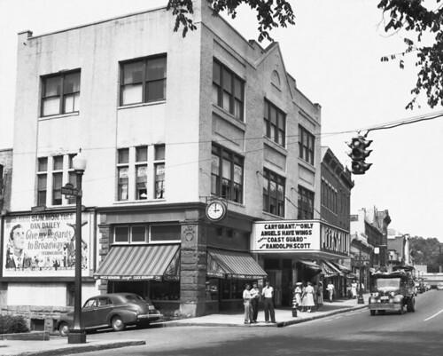 1948 Peekskill Theatre_South St.