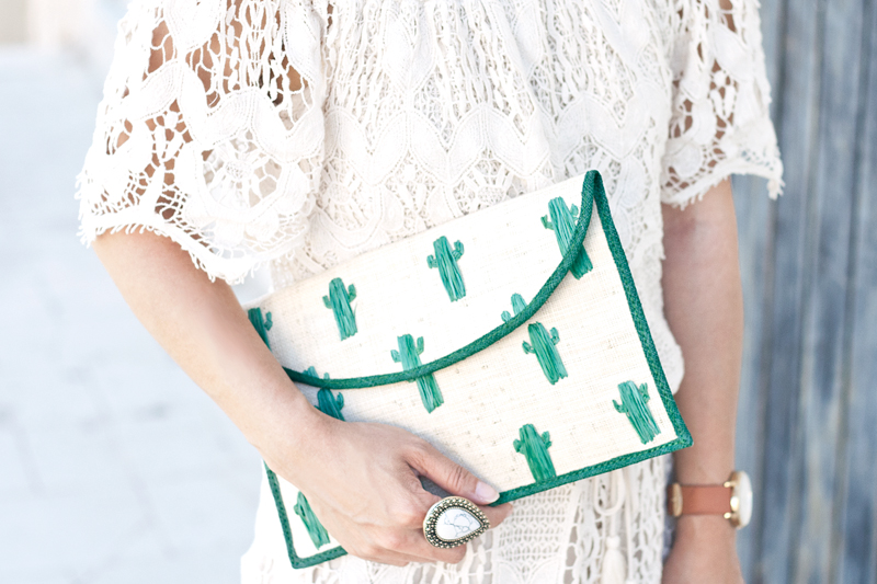 08crochet-lace-cactus-clutch-travel-style-fashion
