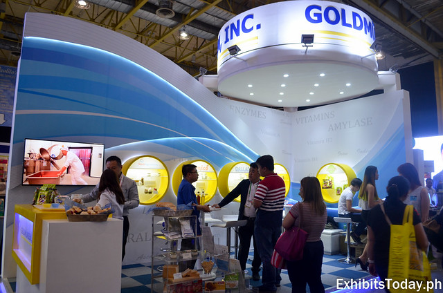 Goldmunzen Exhibit Booth
