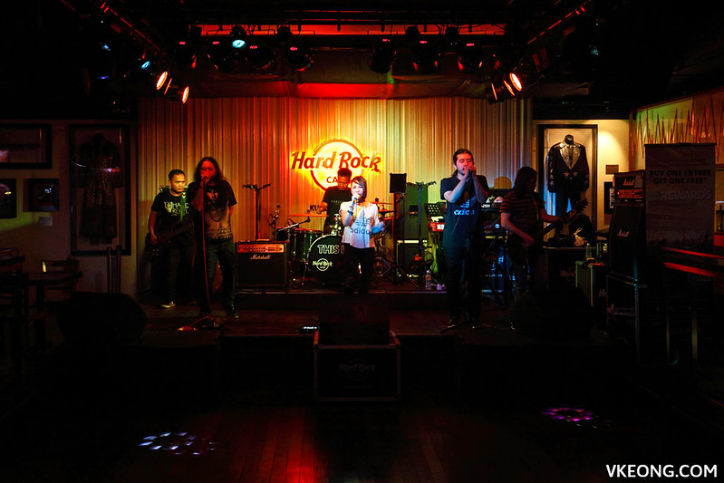 Hard Rock Cafe KL Liveband