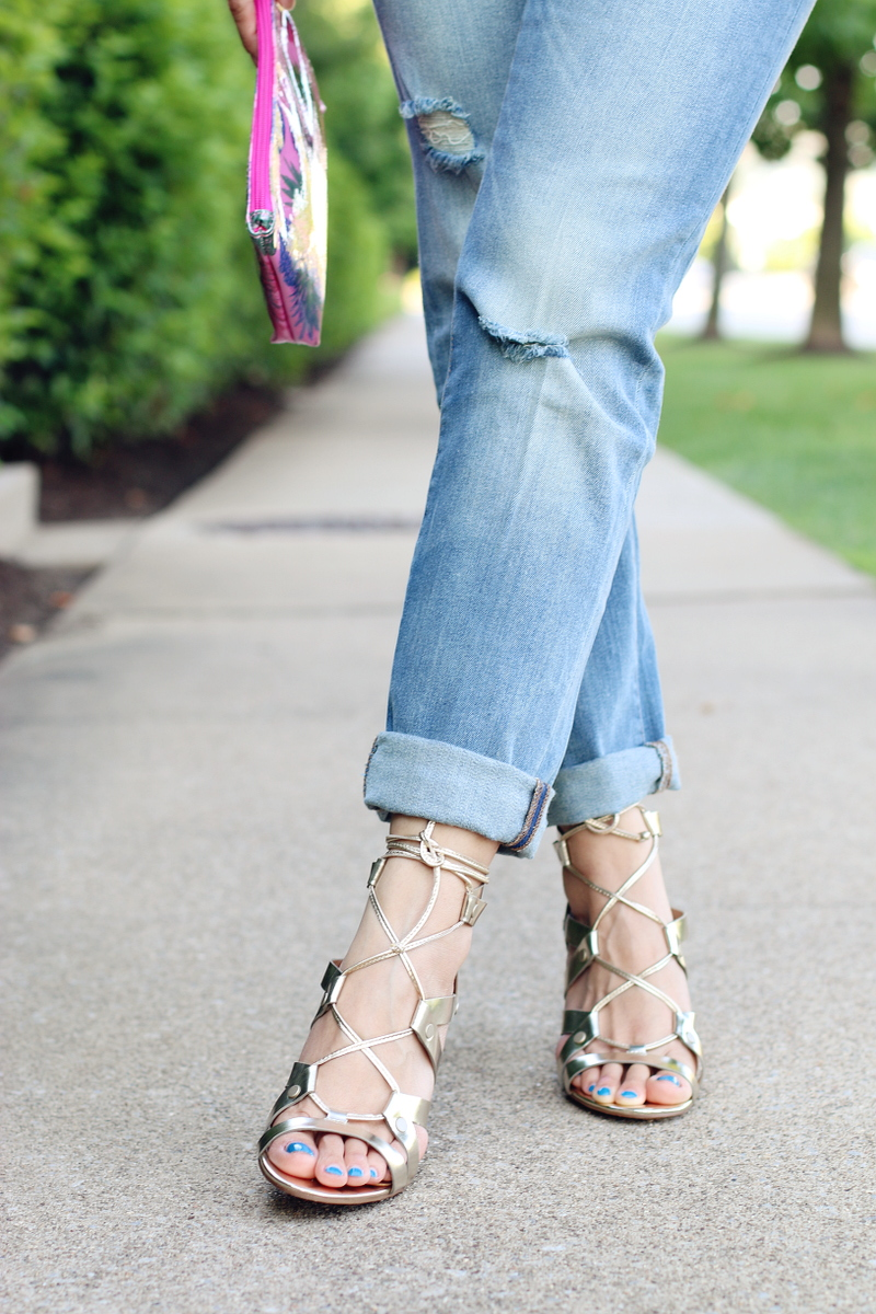 Banana-Republic-lace-up-sandals-cropped-jeans-5