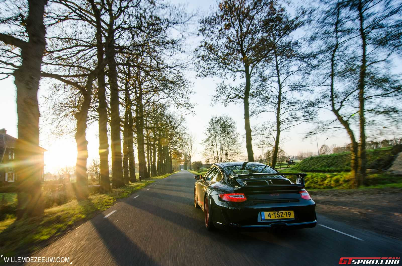 Фото Porsche 991 GT3 в кузове 997