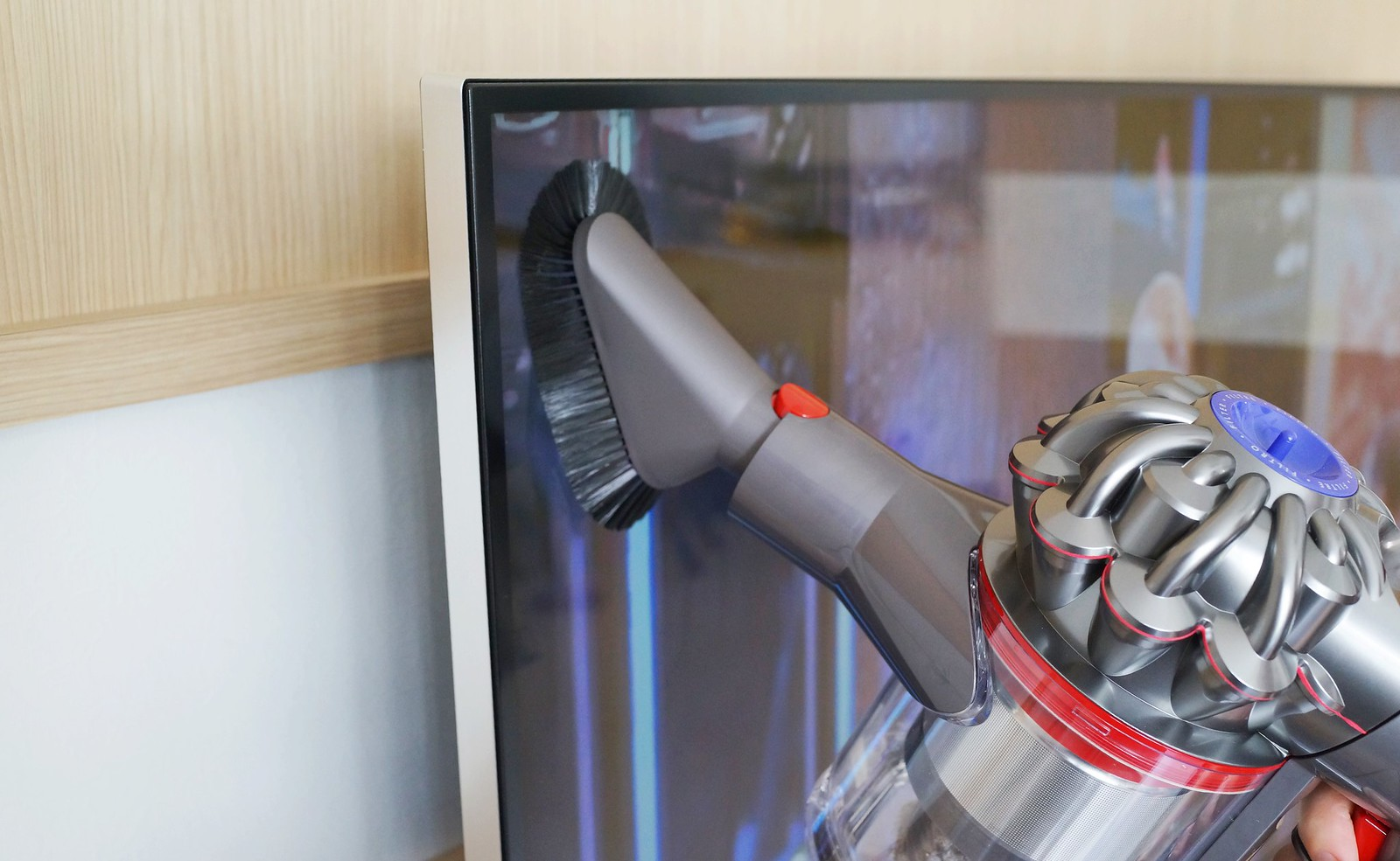 Dyson V Cordless Bed Bath