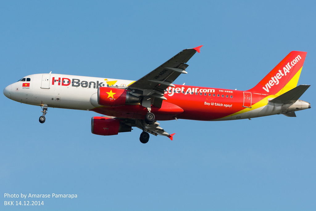 VN-A688 // VietJet Air Airbus A320-214
