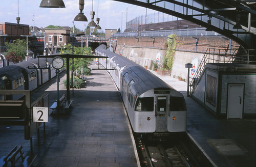 22899 Londen (Morden) 4 mei 1997