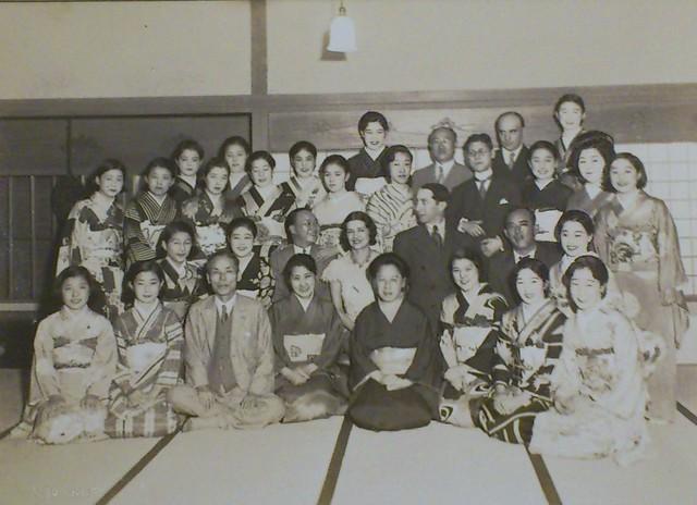 海外ダンサーサカロフ夫妻と河合夫妻、「河合ダンス」メンバー