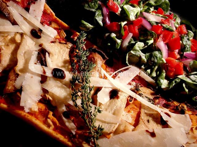 Tarte Fine aux Légumes et Champignons © Ana Luthi  Tous droits réservés  001