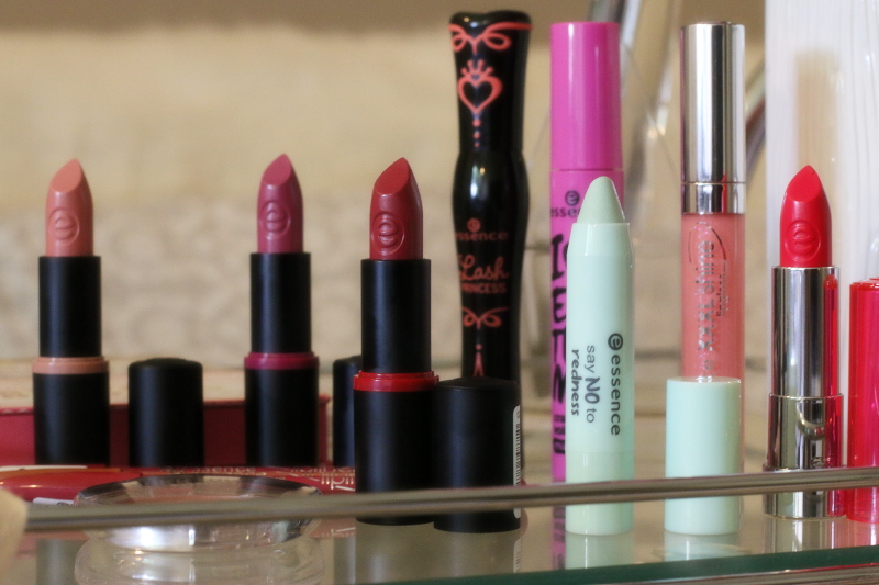 essence-cosmetics-makeup-say-no-to-redness-color-corrector-2