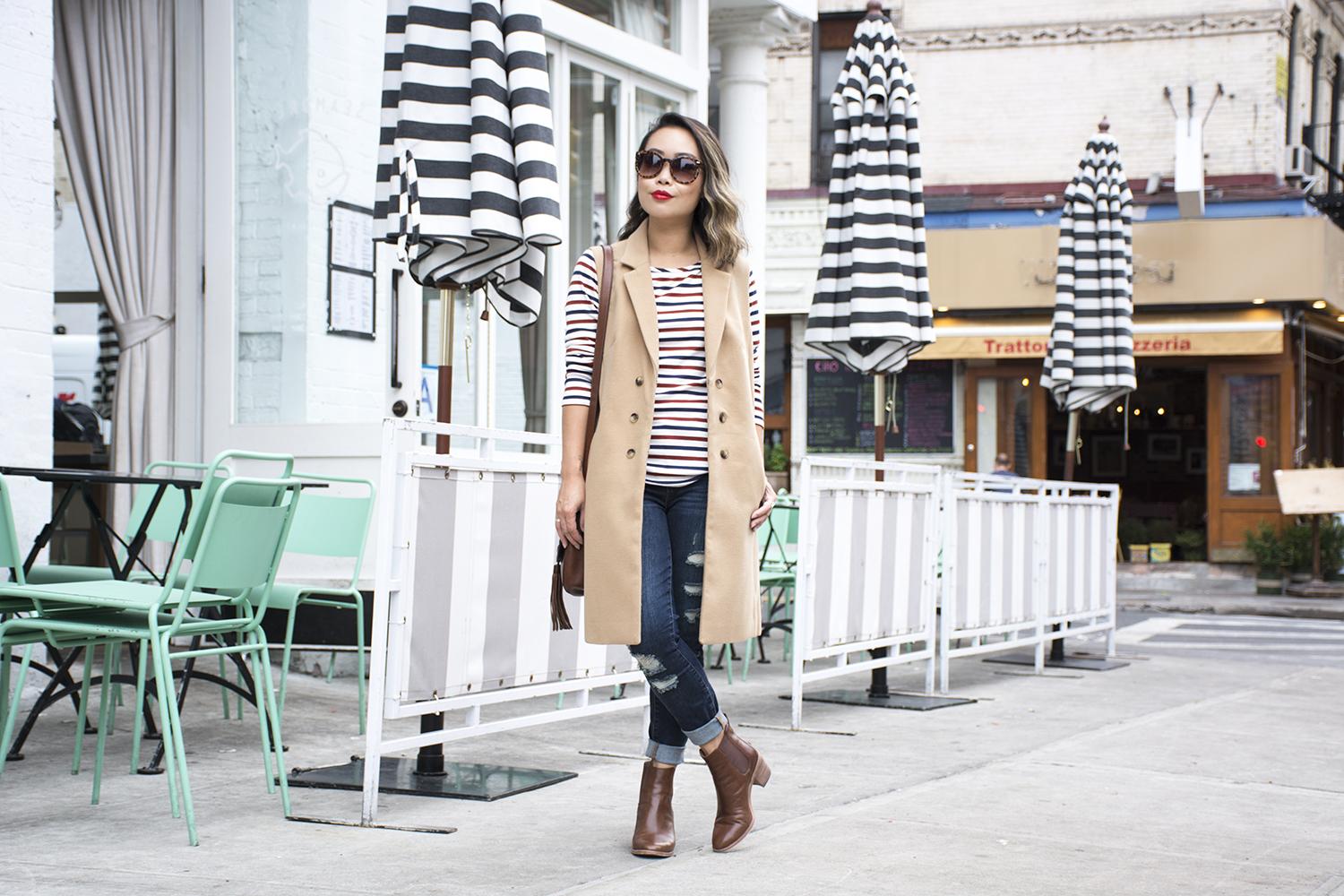 01nyc-newyork-city-stripes-travel-fashion-style