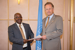 NEW PERMANENT REPRESENTATIVE OF BURUNDI PRESENTS CREDENTIALS TO DIRECTOR-GENERAL OF UNITED NATIONS OFFICE AT GENEVA