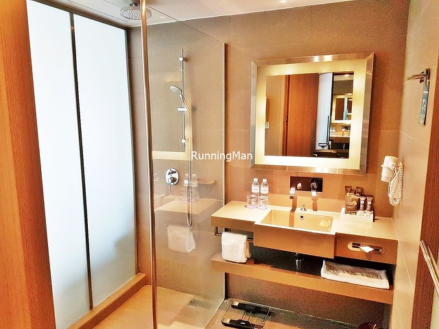 Novotel Platinum Pratunam 03 - Bathroom