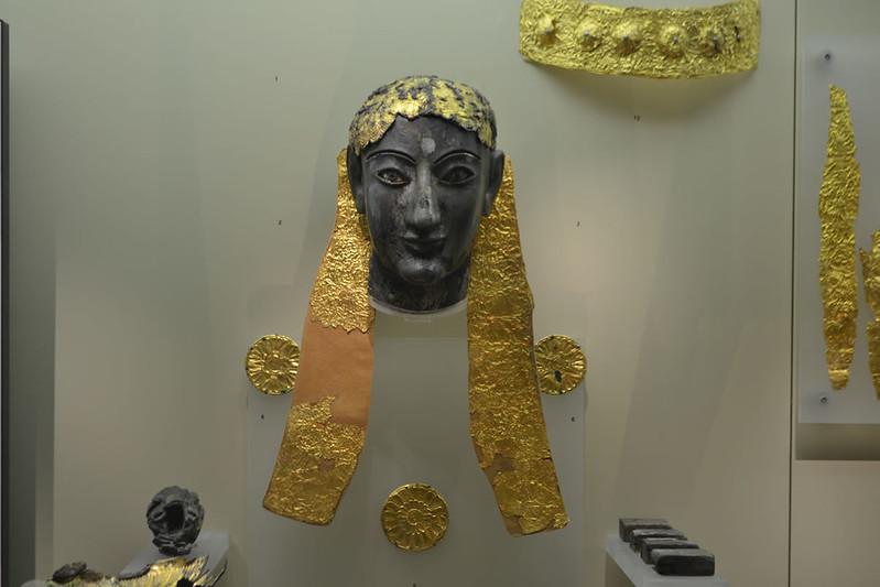 Estatua crisoelefantina de Apolo.