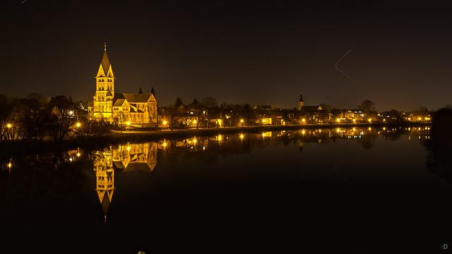 Spiegelbild im Main von Hanau Großauheim