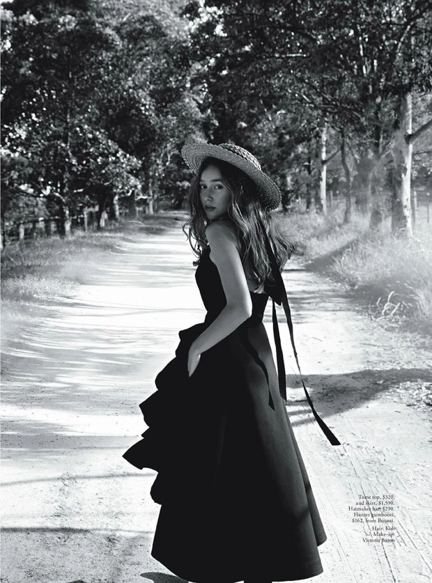Alycia-Debnam-Carey-Vogue-Australia-Nicole-Bentley-08-620x837