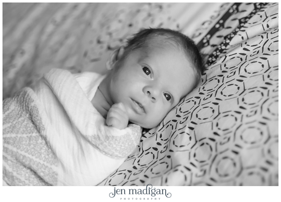 beckett-newborn-34-bw