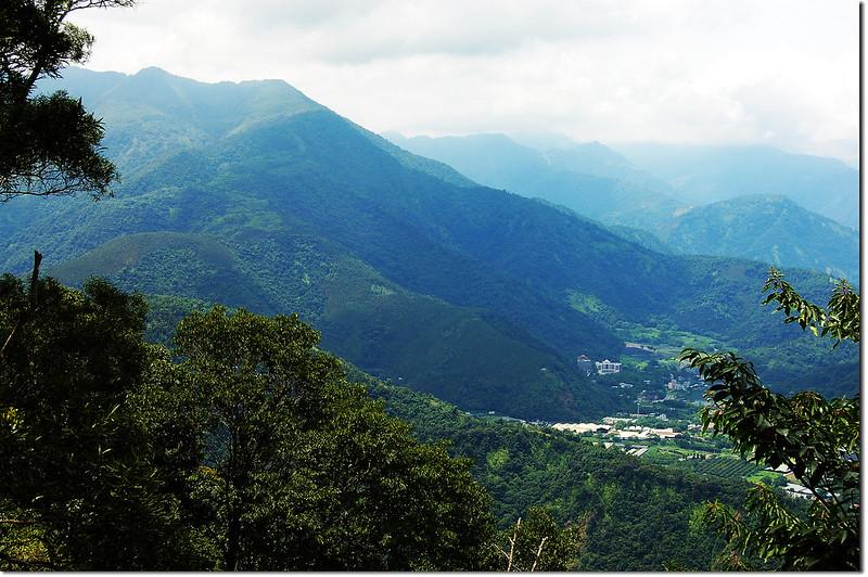 西關刀山南峰俯瞰埔里地區 1