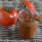 Tomatenpesto aus getrockneten Tomaten