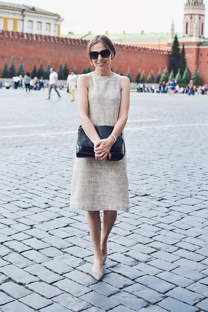 streetstyle_boucle_shift_dress-08
