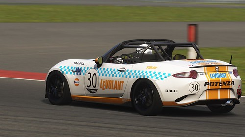 Mazda MX-5 - LeVolant - media 4h race 2015 (4)