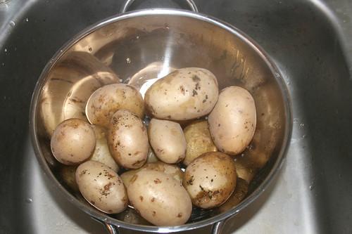 19 - Kartoffeln abgießen / Drain potatoes