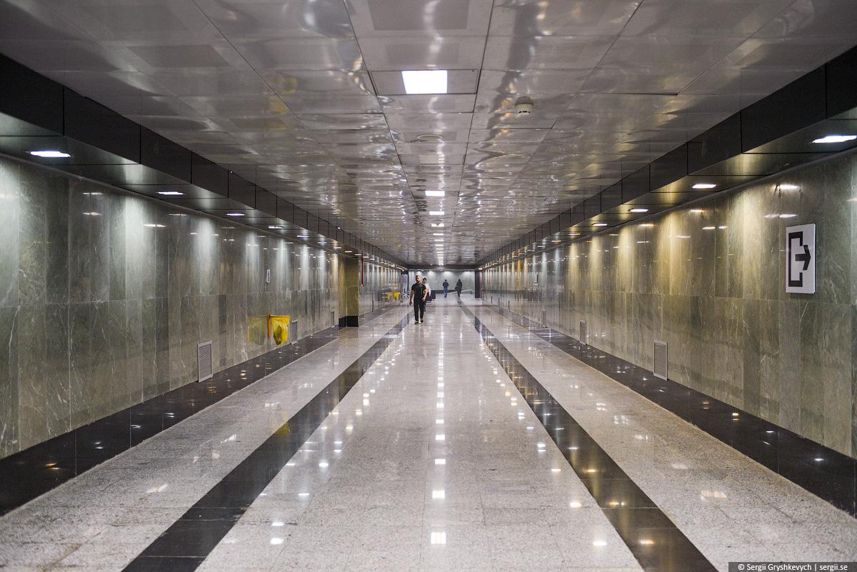 Tehran_railway_station_wladyslaw_horodecki-18