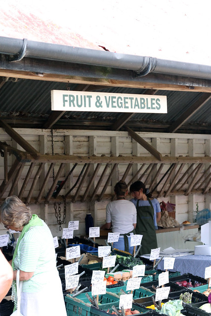 fruit-and-veg-market