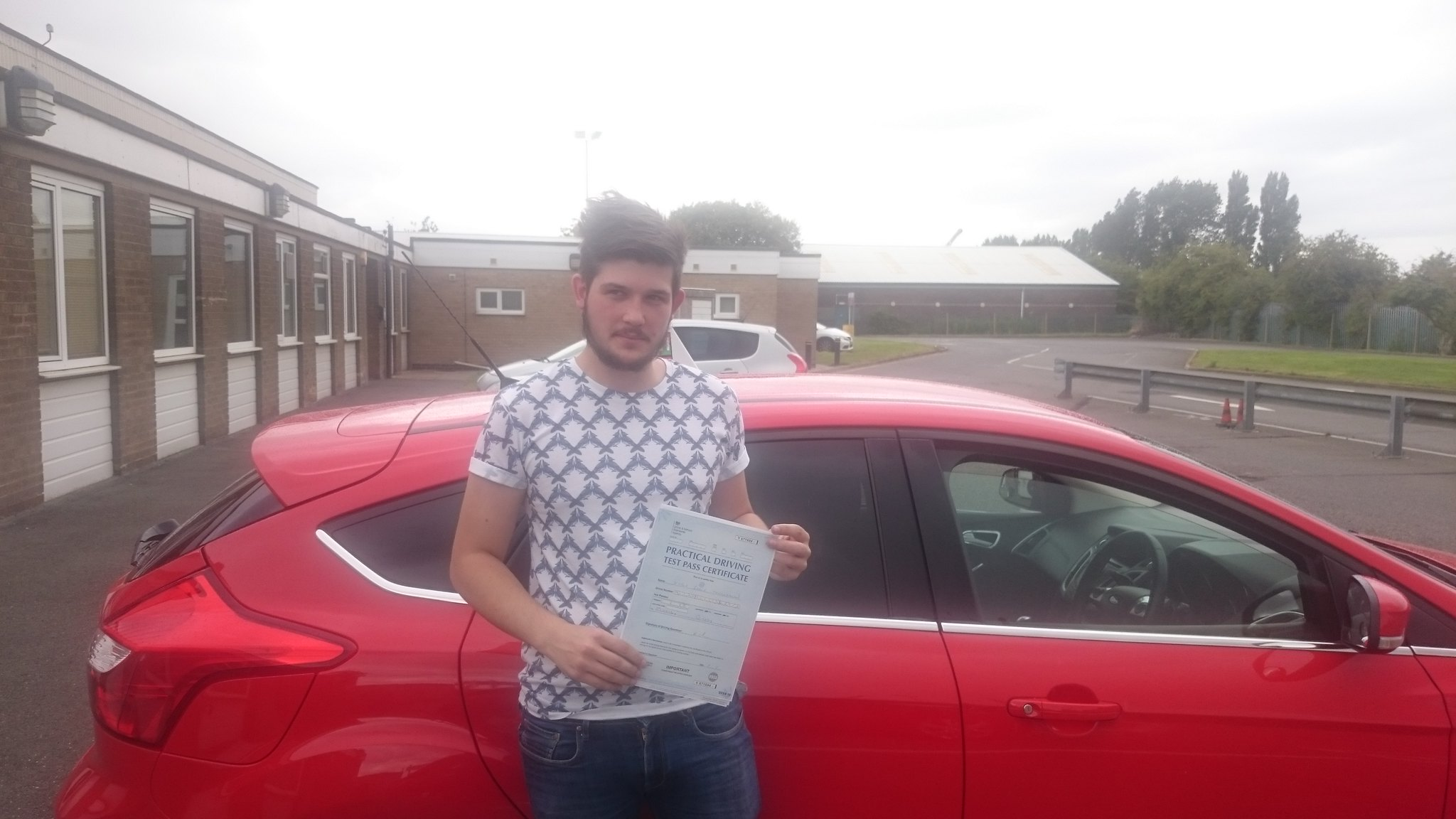 Kieran McLachlan passes driving test in grimsby with 21st Century Driving