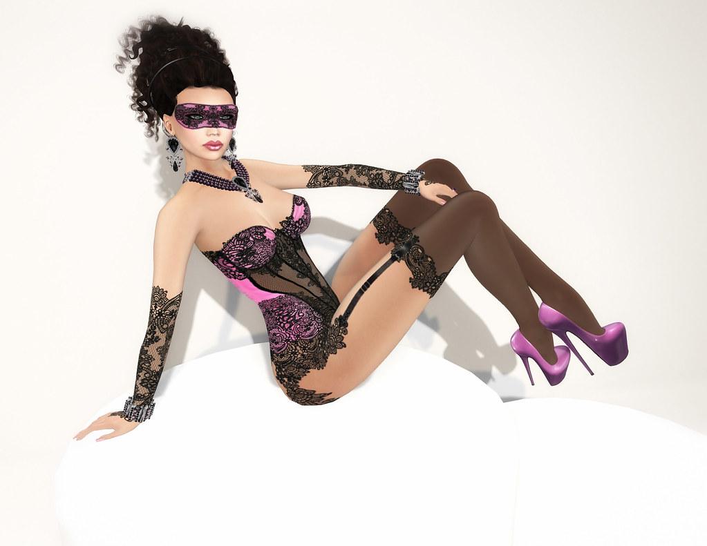 Abigail, pink/black, Carries Lingerie