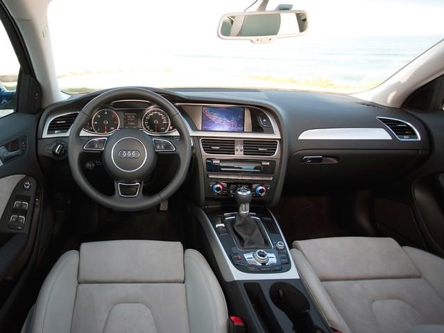 Интерьер Audi A4 B8. 2012 - 2015 годы