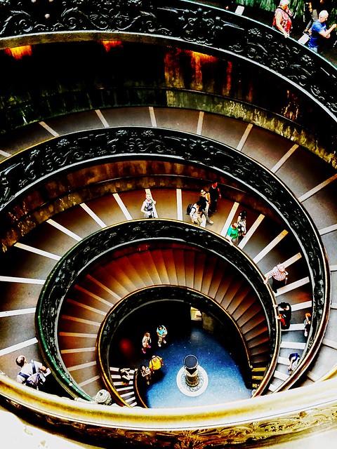 Vatikanische Museen (scala del bramante)