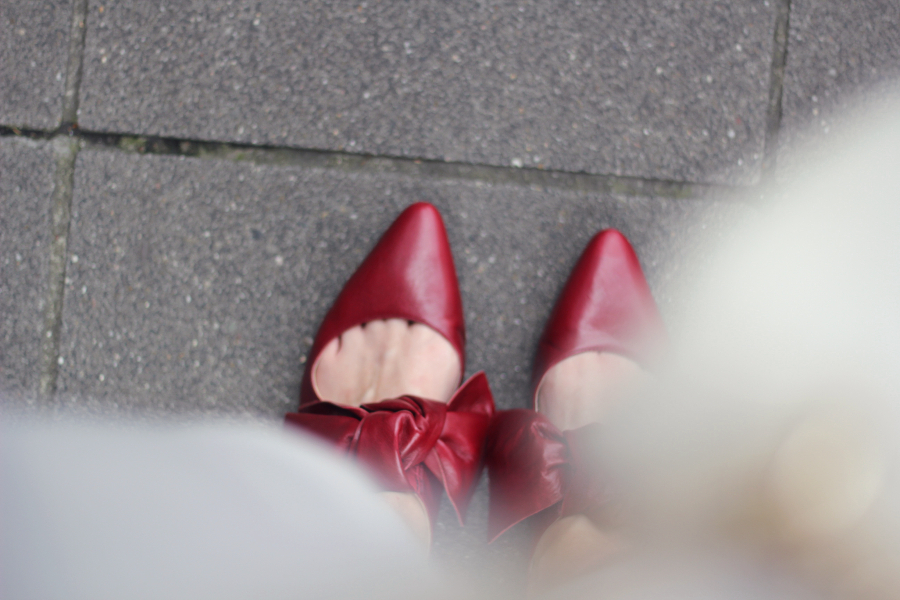 outfit shoes red oversized bow zara pointed ballet flats lady fashionblog germany