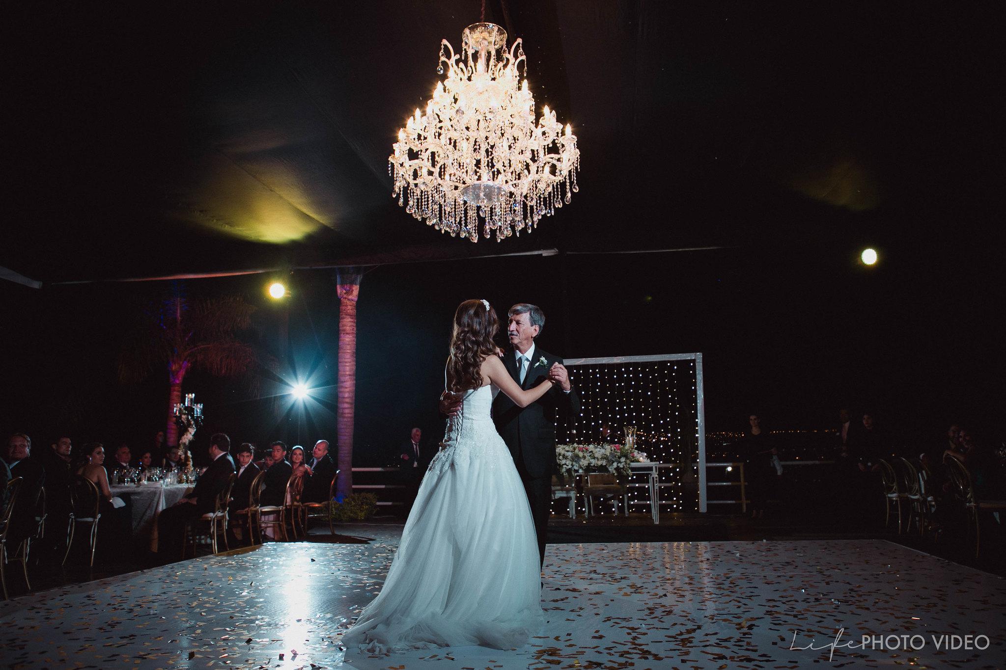 Boda_LeonGto_Wedding_LifePhotoVideo_0054.jpg