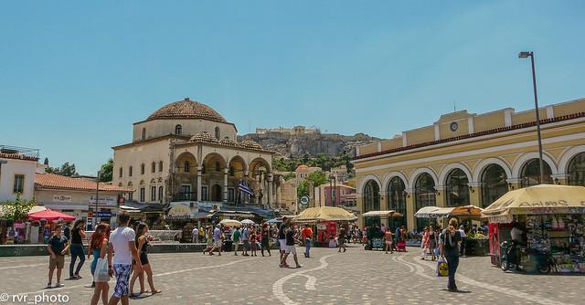Plaza Monastirakiou