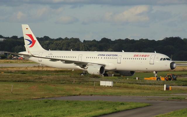 China Eastern, D-AYAL, Reg.B-8573,(c/N 7265),Airbus A 321-231 (SL), 05.08.2016,  XFW-EDHI, Hamburg-Finkenwerder