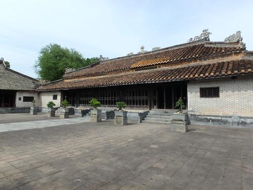 tu-duc-temple-6