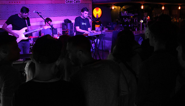 BLUE LINES & /pjʊə/ EN EL GRAN CAFÉ 4.8.16