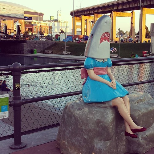 I FINALLY SAW SHARK GIRL YOU GUYS!!! #buffalo #sharkgirl #canalside