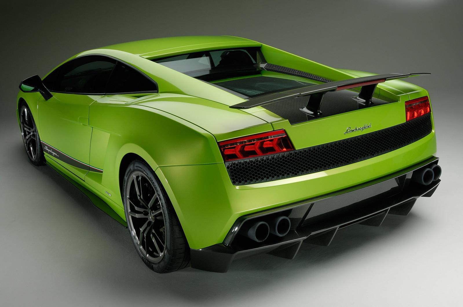 Фото: Lamborghini Gallardo LP570-4 Superleggera