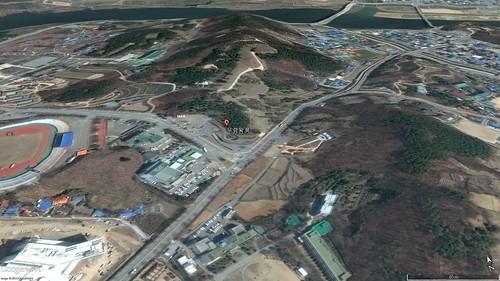 武寧王陵の地形(GoogleEarthで作成)