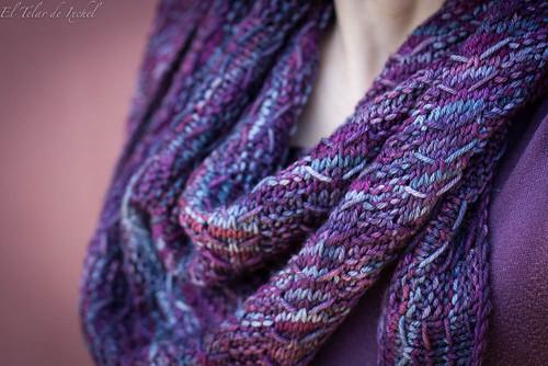 Upwards shawl
